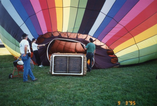Waiting for the hot air balloon to fill