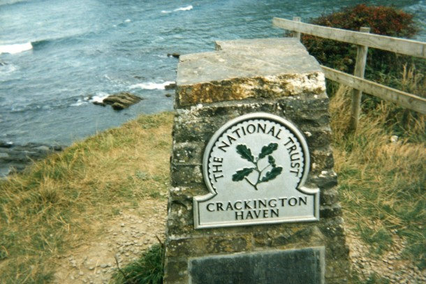 Crackington Haven signpost on the cliffs