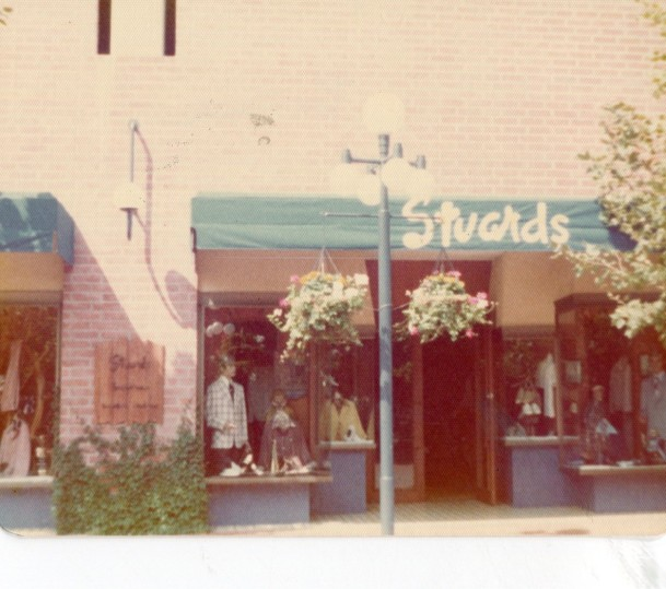 Balboa shops