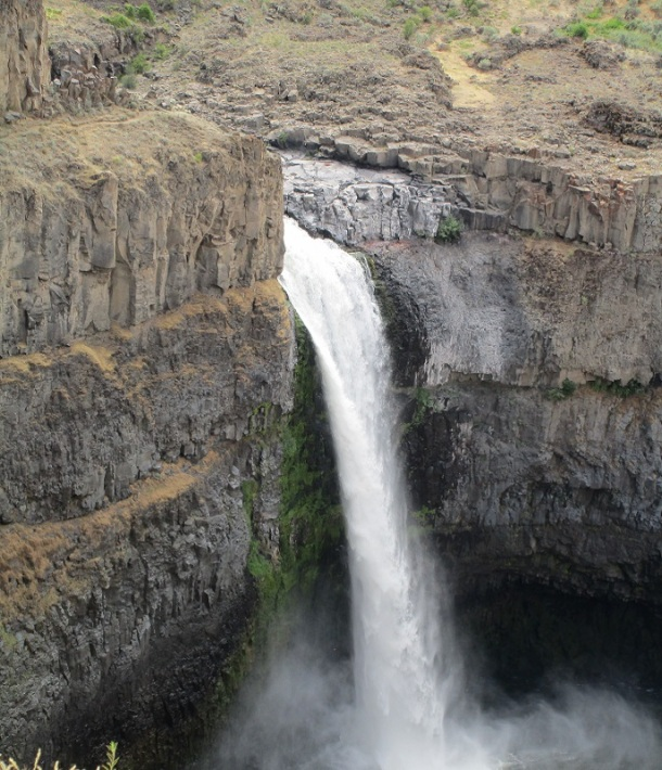 IMG_0294.jpg PALOUSE WATERFALL CROPPED VERTICAL