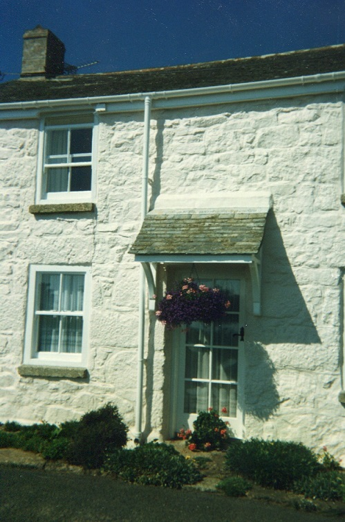 a-mousehole-house