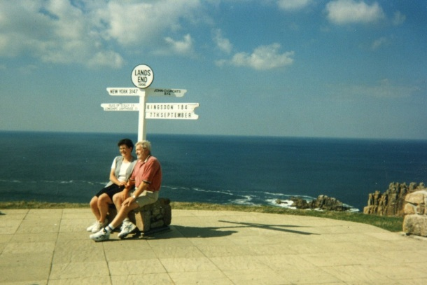 lands-end-signpost